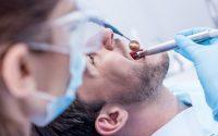 Patient får en tandbro